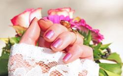Tips To Keep Your Nails Beautiful And Shiny At Home