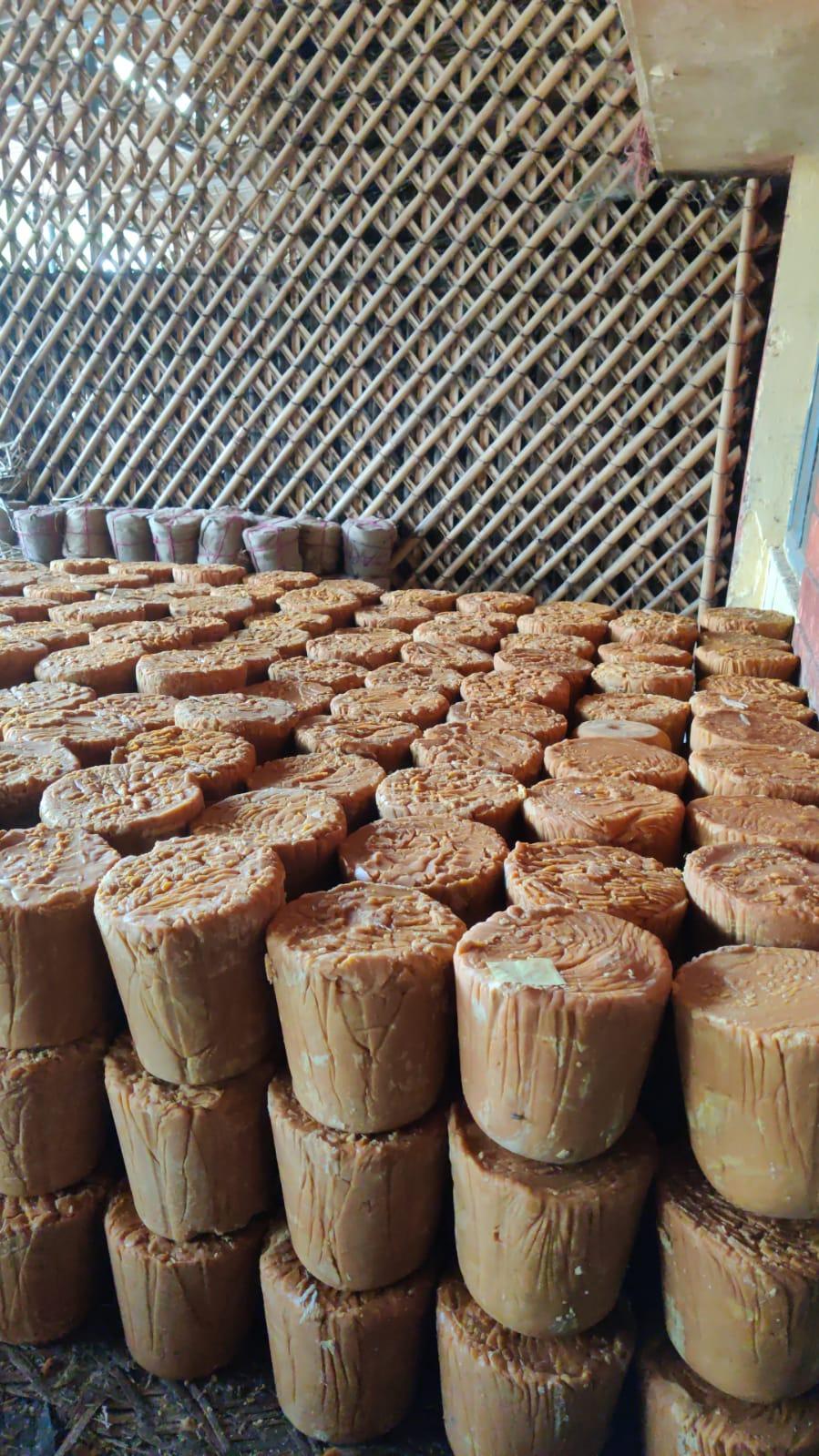 Natural Chemical Free Jaggery, 10kg Gur Balti (Jaggery Slab)